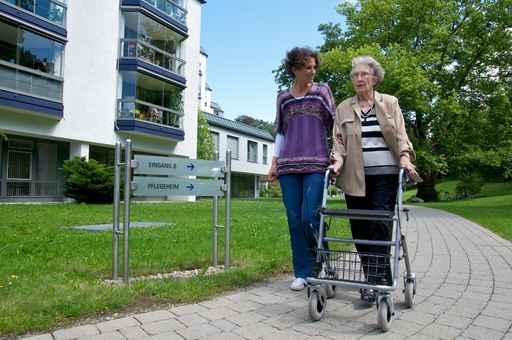 Demenzbetreuung, 24-Stunden-Betreuung zu Hause